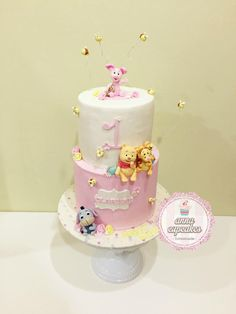 pastel baby piglet and friend cake - Cake by annacupcakes Winnie The Pooh Themes, Winnie The Pooh Cake, Winnie The Pooh Birthday, Winnie The Pooh Friends, Baby Birthday Cakes, Boy Birthday Parties, Piglet Cake, Zoo Cake, Baby Piglets