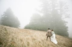 mountaintop wedding!!!!! foggy pictures almost make me want to cry; they are SO gorgeous!