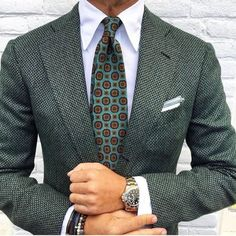 "everybodylovessuits:  Cool pattern but hard color to mix. With jeans, eh…with chinos could work. Suit pants will work but have to be plain…maybe dark brown or blue. Still good looking blazer. Really dapper    I just started to try out instagram HERE (or just search for everybodylovessuits) so check that out and hit me a message/ comment ""Tumblr"". I'd love to check your insta too."