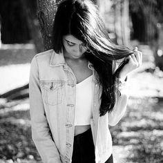"#Repost @chahinx with @repostapp  ・・・  Lo quise hasta que mi dignidad dijo: ""no es para tanto"". 🖖🏻📷: @enriquengfilms    #model #models #beatifull #lago #photographers #photographylovers #photography ##photoshoot #tumblrstyle #tumblr #vscocam #vscodominicana #vsco #portrait #portraiture #tumblrdominicano #fotografodominicano #fotografosdominicanos #fashion"