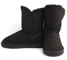 Black Bailey Button UGG Boots.The Christmas promotion! Our Price : $160.00 Sale Price :$109.00 Save: 32% off