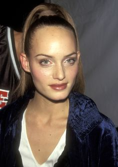 Kate, Gwyneth, Winona, and Cindy: Behold the Beauties of the '90s and the Power of a Red Lip - Amber Valletta-Wmag