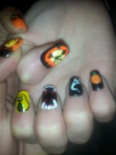 My daughters nails I done =)
