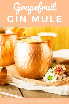 Need a quick and easy summer cocktail for the patio tonight? Try this grapefruit gin mule! This grapefruit gin cocktail is super refreshing and only takes minutes to make. #grapefruitginmule #ginmule #grapefruitcocktail #grapefruitmule #grapefruitgincocktail #summercocktails Grapefruit Gin Cocktail, Gin Cocktail Recipes, Drinks Alcohol Recipes, Prosecco Cocktails, Cocktail Drinks, Easy Summer Cocktails, Winter Cocktails, Bubble Recipe, Vintage Cocktails