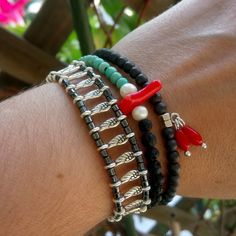 #lovelybracelet #summerbracelets #hematite #lavastone #redcoral #naturalpearls Summer Bracelets, Red Coral, Handmade Jewelry, Instagram, Handmade Jewellery, Jewellery Making, Diy Jewelry, Craft Jewelry, Handcrafted Jewelry