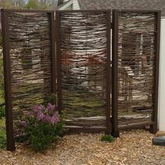 8 Easy And Effective Ways To Tighten Up The Privacy In Your Yard - CRAFTS ON FIRE