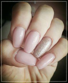 Rosy ballerina nails