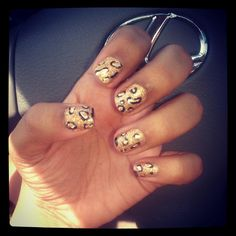 Mani Monday cheetah nails