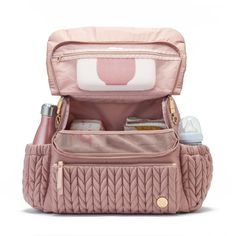 Levy Backpack Dusty Rose Designed for effortless hands-free carrying, this classic backpack diaper bag is the perfect combo of sporty and feminine for an upscale athleisure look. The Levy Backpack has Buy Backpack, Diaper Bag Backpack, Baby Girl Diaper Bags, Cute Diaper Bags, Best Diaper Bag, Baby Boy, Baby Supplies, Rustic Baby, Baby Kind