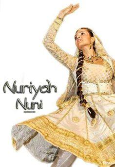 Mujra Nuriyah Nuni