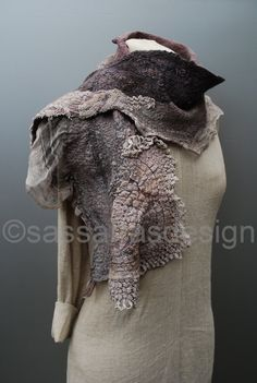 Felted scarf hand dyed scarf shawl wrap OOAK by sassafrasdesignl Felt Fabric, Fabric Art, Nuno Felting, Needle Felting, Felted Scarf, Felting Tutorials, Felt Art, Yolo, Textile Art