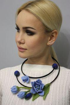 Error - The photo - Felt Necklace, Fabric Necklace, Fabric Jewelry, Flower Necklace, Nuno Felting, Needle Felting, Felt Flowers, Fabric Flowers, Wool Art