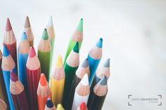 Bunte Farben. #agentur #bastelbedarf #bildbearbeitung #bildretusche #bunt #closeup #design #designen #designer #draufsicht #farben #farbenfroh #farbkasten #freude #gestalten #gestaltung #grafik #grafikdesign #hobby #idee #inspiration #kinder #kindergarten #konzept #kreativ #kreativität #kunst #kunstunterricht #künstler #künstlerisch #malen #malerei #maluntensilien #malunterricht #phantasie #photoshop #retusche #schulbeginn #schule #spaß #webdesign #zeichnen