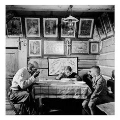 A family eating dinner in the village of Ždiar in the Tatra Mountains, Czechoslovakia, Tatra Mountains, Photo Images, Photographer Portfolio, Magnum Photos, Old World, Old Photos, Folk Art, The Past, Beautiful Pictures
