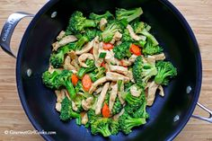 """Gourmet Girl Cooks: Chicken & Broccoli Stir-Fry - Low Carb """"Real Food"""""""