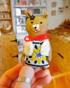 This little lady is ready for spring! Just look at her ittybitty beaded necklace!  . . . #bear #thehappynow #makersvillage #creatorslane #shoplocal #flashesofdelight #pursuepretty #handmadenottingham #handmadeisbetter #giftshop #craftsposure #hiddennottm #designermakers #supportindependent #Nottingham