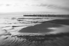 #gdynia #orłowo #gdyniaorłowo #moloworłowie #poland #fotografia Street Pictures, Fine Art, Black And White, Beach, Water, Photography, Outdoor, Gripe Water, Outdoors