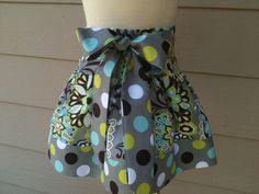 Love this fabric...and this skirt!  Would be so easy to make!