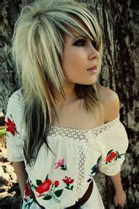 Love the Hair, Love the Blouse.