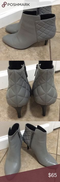 Brooks Brothers Women's Booties Brooks Brothers Women's Quilted Calfskin Heeled Booties. Gently worn Brooks Brothers Shoes Ankle Boots & Booties