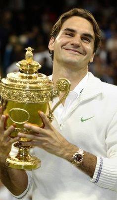 USA Tennis Player ; Roger Federer!  The men's king of grand slams!!!!