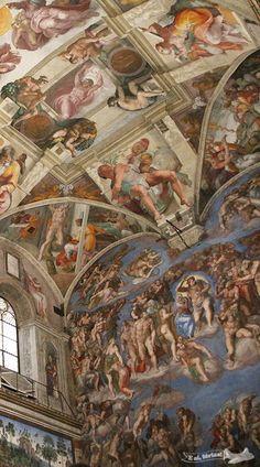 Interior Sistine Chapel the Vatican by Michelangelo. Van Gogh, Michelangelo Paintings, Rennaissance Art, Renaissance Paintings, Painting Wallpaper, Italian Artist, Kirchen, Ancient Art, Art And Architecture