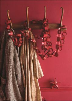Deck the halls with boughs of Rectory Red by Farrow & Ball. Farrow Ball, Farrow And Ball Paint, Neutral Paint Colors, Paint Color Schemes, Paper Chains, Bedroom Red, Red Rooms, Painted Paper, Red Christmas