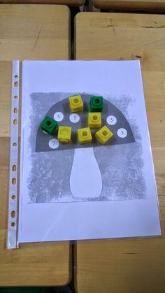 Tänään opiskelimme matematiikkaa kahden oppitunnin ajan. Näin on tarkoitus tehdä tästä lähtien joka tiistai. Harjoittelimme ensin dokum... Teaching Math, Kindergarten, Games, Learning, School, Count, Studying, Kindergartens, Gaming