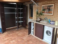 Armadi in alluminio per esterni - ALFA Outdoor Laundry Area, Golden Living, Dirty Kitchen, Open Concept Home, Laundry Design, Outside Living, Laundry In Bathroom, Little Houses, Home Projects