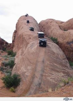 Lion's Back - Moab, Utah - The Jeep needs to go there! Jeep Jk, Wrangler Jeep, Jeep Wranglers, Jeep Truck, 4x4 Trucks, The Places Youll Go, Places To See, Scary Places, Van 4x4