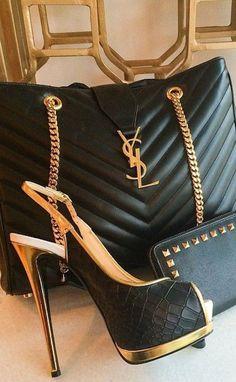 Yves Saint Laurent ~ Quilted Black Leather Slingback Stiletto + Black Leather Handbag w Gold Chain Diese und weitere Taschen auf www.designertaschen-shops.de entdecken