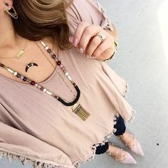 Monday #OOTD inspiration via @misschrisycharms. Connect with your Stylist for a lesson in layering! #stelladotstyle