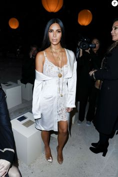 "Kim Kardashian au défilé de mode ""Givenchy"", collection prêt-à-porter Printemps-Eté 2017 lors de la Fashion Week de Paris, France, le 2 October 2016. © Olivier Borde/Bestimage"