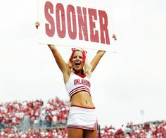 The BCS Bowl games are upon us, and you know what that means —Good football and a bevy of sexy cheerleaders doing their thing in glorious HD. University Of Oklahoma, Oklahoma Sooners, College Cheerleading, College Football, Cheer Quotes, Athletic Supporter, Boomer Sooner, Bowl Game, American Sports