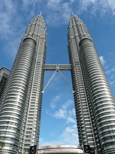 Petronas Towers - Kuala Lumpur, Malaysia. An amazing sight to see! One of the 82 iconic landmarks around the world.