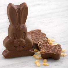 Sjaak/'s Organic Chocolate Edible Easter Basket with Chocolate Bunny and Eggs