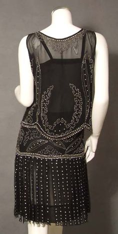 EXTRAORDINARY Beaded Black 1920's Dress Set w/ Carwash Hem. Back