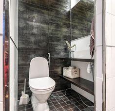 Tunnelmallinen Vihervaara Kokkolassa - Kannustalo Toilet, Bathroom, Washroom, Flush Toilet, Full Bath, Toilets, Bath, Bathrooms, Toilet Room