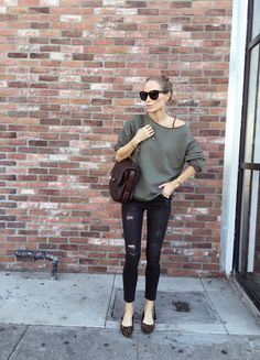 Daily Look Archives - Page 33 of 115 - Anine's World Fall Winter Outfits, Winter Fashion, Look Skater, Rocker Girl, Minimal Outfit, Denim Fashion, Women's Fashion, Street Chic, Street Style Women