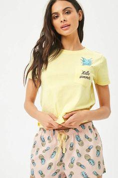 Details about  /Women/'s Sleepwear 2-Piece Pajama Set Soft Top and Printed Capri Pants NWT