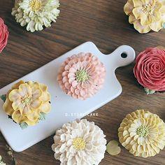 봄봄봄컵케이크심화반 수강생 작품 #디스토리#꽃#봄#플라워#flowercake#daily#일상#취미#취향저격#cupcakes#cake#spring#감성#예쁘다그램#먹스타그램#냠냠#디저트#dessert#dstorycake#베이킹클래스#선물#앙금플라워떡케이크#instagood #앙금플라워#기념일#벚꽃