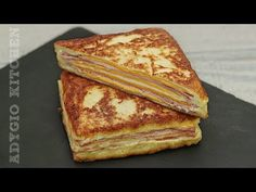 Sandvis Monte Cristo / Sandvis cald pane cu sunca si branza - YouTube Sliders, French Toast, Sandwiches, Mai, Cooking, Breakfast, Kitchen, Food, Google Search