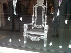 Awesome throne chair! Throne Chair, Dyi, Interior Design, Awesome, Projects, Check, Furniture, Home Decor, Nest Design