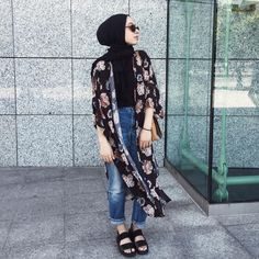 Different Ways To Style Your Daily Hijab Looks summer hijab beach Hijab Fashion Summer, Muslim Fashion, Modest Fashion, Fashion Outfits, Casual Hijab Outfit, Hijab Chic, Casual Hijab Styles, Modest Dresses, Modest Outfits