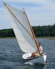 Catspaw Dinghy – The WoodenBoat Store Dinghy Sailboat, Sailing Dinghy, Wooden Sailboat, Sailboat Plans, Wooden Boats, Sailing Ships, Sailing Boat, Sailing Style, Sailing Knots