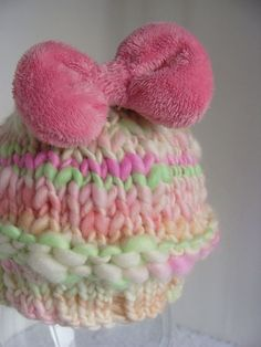 Thick And Thin Yarn Knitting Patterns : These super bulky newborn hats work up extremely quickly with only 8 rows and...