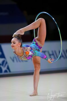 Arina Averina (Russia) won gold in hoop finals at World Cup (Pesaro) 2018