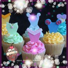 Disney Princess cupcakes Snowman Cupcakes, Kid Cupcakes, Cupcake Cookies, Cupcake Toppers, Ladybug Cupcakes, Mini Tortillas, Cupcakes Princesas, Disney Princess Cupcakes, Princess Cakes