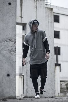 Urbanflavours.pl UrbanFlavours BATB Gray short sleeve hoodie —> GO…