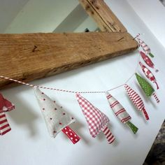 Darling handmade Christmas tree garland to add to your holiday decor. Can hang on your mantle, wall, Christmas tree, etc. Christmas Makes, Noel Christmas, Homemade Christmas Tree, How To Make Christmas Tree, Cheap Christmas, Rustic Christmas, Christmas Sewing Projects, Holiday Crafts, Christmas Sewing Gifts